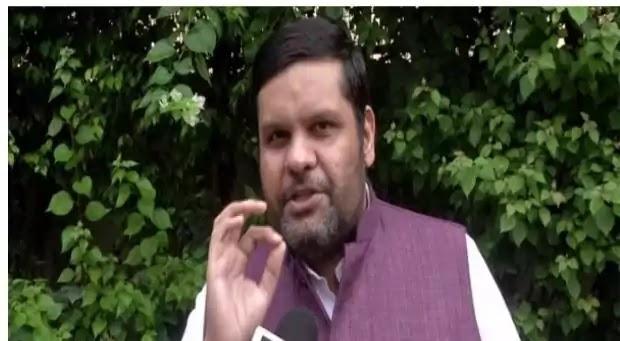 उत्तराखंड-गुजरात के मुख्यमंत्री फेरबदल पर कांग्रेस ने भाजपा पर निशाना साधा   UTTARKHAND NEWS