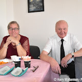 82-jarige kapper Albert Kruijer stapt in huwelijksbootje - Foto's Harry Wolterman