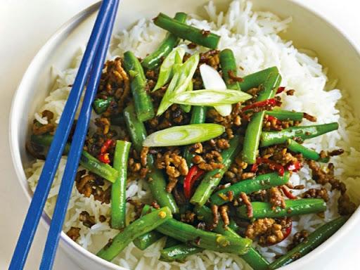 Sichuan-style pork & green bean stir fry