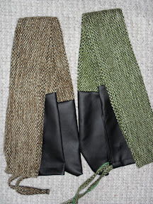 Extra bow holders - for longbows and horsebows as well!