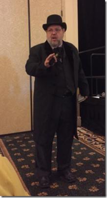 Shannon C Bennett. J. Mark Lowe照片'在2015年全国家谱协会会议上的介绍