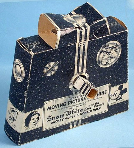 Snow White and the Seven Dwarfs Moving Picture Machine Papercraft