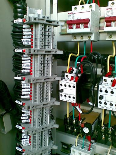 端子排和熔断器