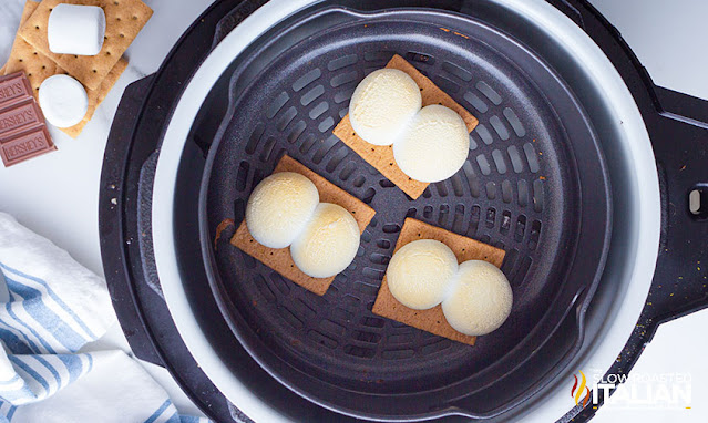 smores recipe in the air fryer