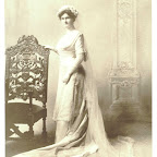 Anna Maria Gleaves in her wedding dress daughter of Charles Wythe Gleaves Wife of John Robert Rich, Sr.
