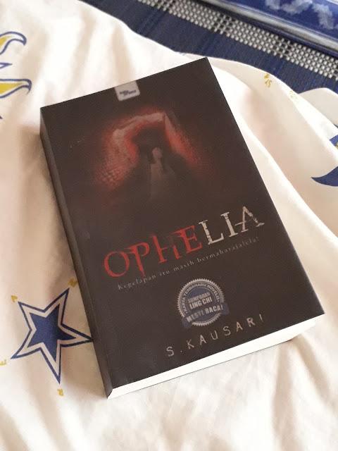 Ophelia oleh Salleh Kausari