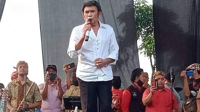 Ridwan Kamil Sebut Kasus Rhoma Irama Jadi Contoh Jangan Main-main saat PSBB.