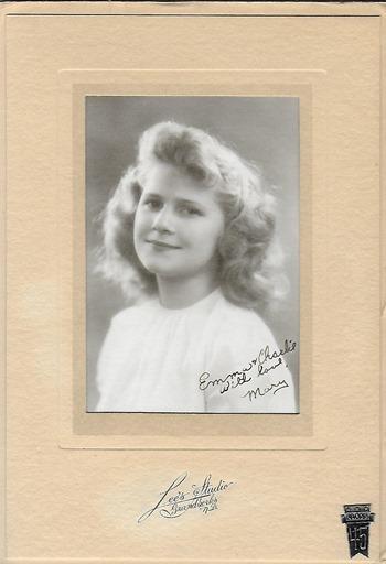 Mary 1945 Joans shop
