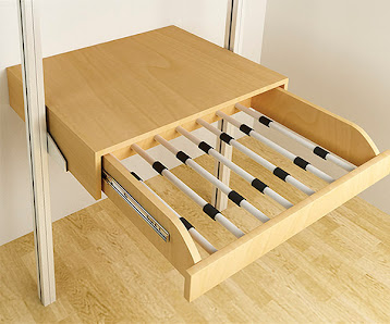 Closets y vestidores de lujo closets de madera closets - Divisiones en madera ...