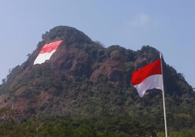 Lukisan Bendera Malaysia Berkibar Png Cikimmcom