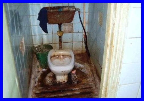 banheirosujo.jpg