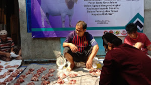 Di Hari Raya Idul Adha, Wartawan Peduli Berbagi Daging Hewan Qurban