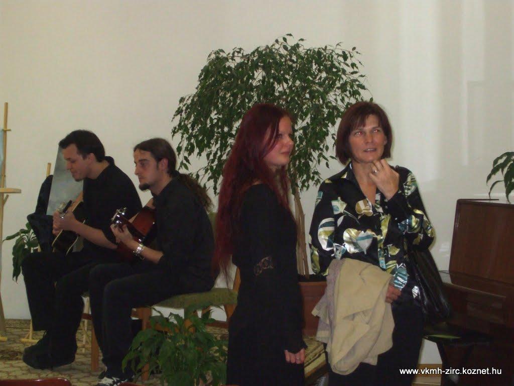 2010-09-30 Szabó Katalin kiállítás 005.jpg rel=