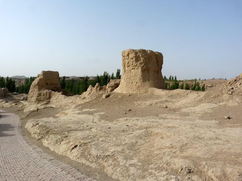 XINJIANG.  Turpan. Ancient city of Jiaohe, Flaming Mountains, Karez, Bezelik Thousand Budda caves - P1270764.JPG