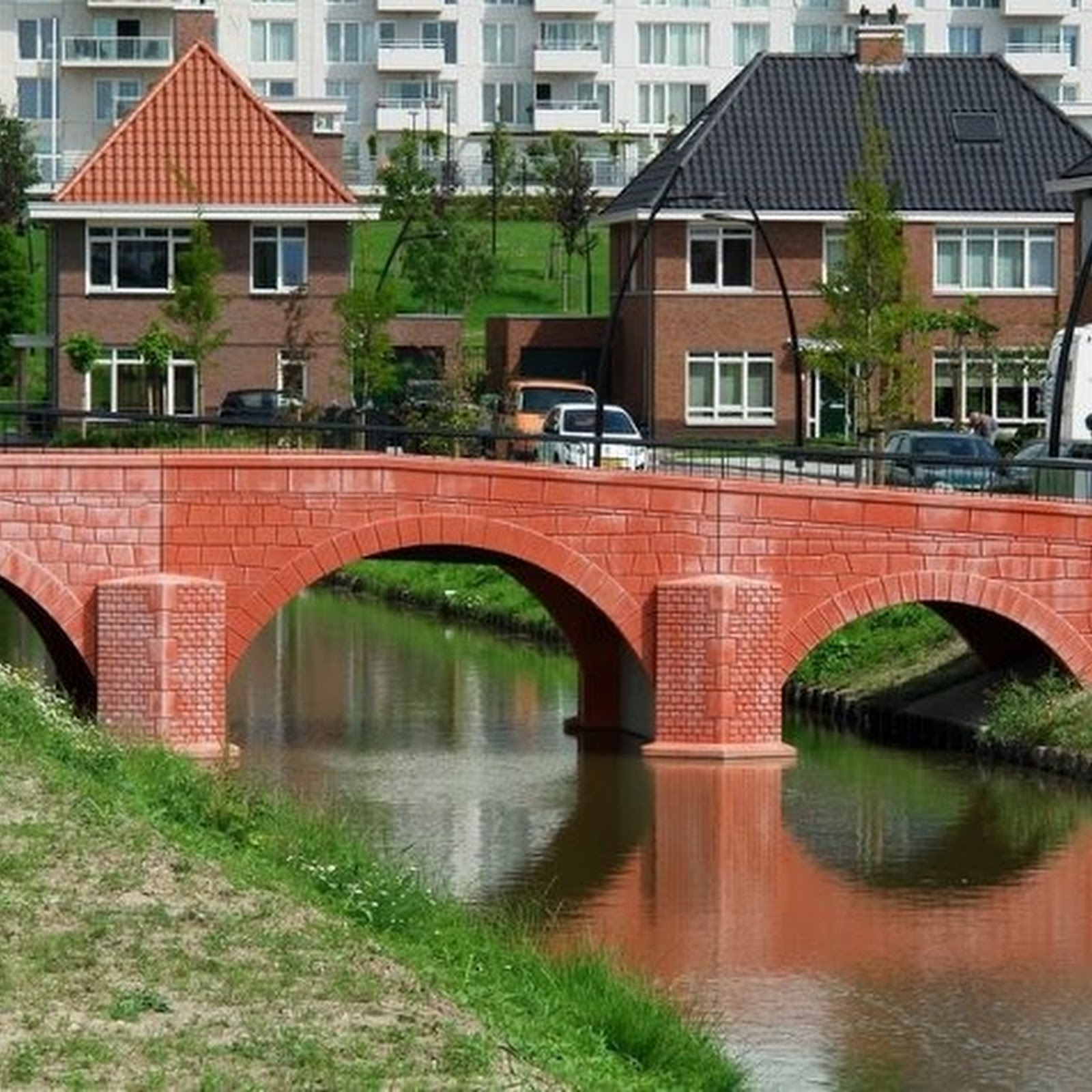 Fictional Bridges on Euro Banknotes Become Real