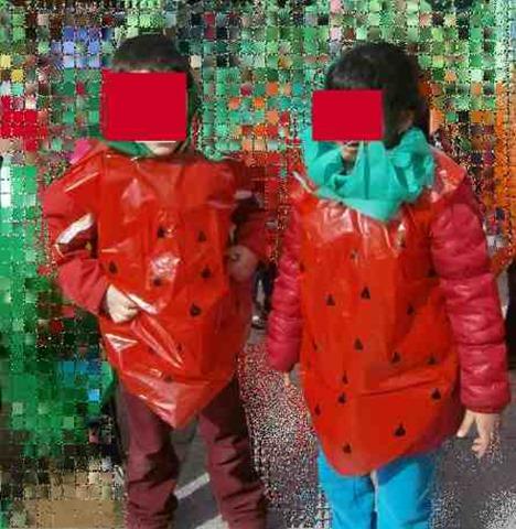 disfraz de fresa con bolsa de basura (2q2) 1