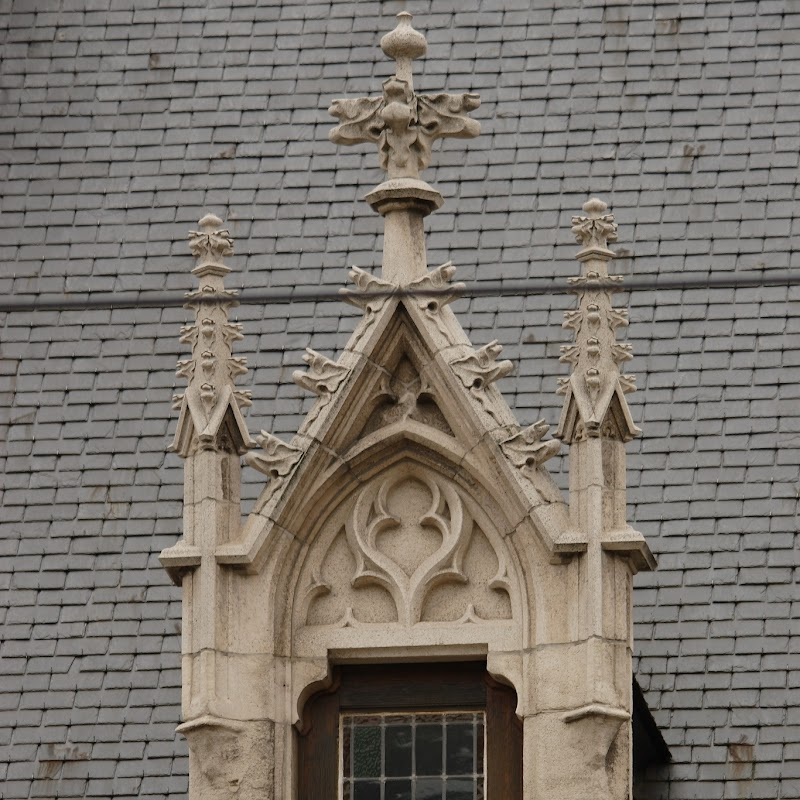 Brussels_038 Notre Dame du Sablon Architecture.jpg