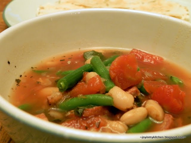 Slow Cooker Kielbasa And White Bean Stew With Tomatoes And ...