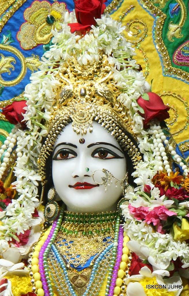 ISKCON Juhu Sringar Deity Darshan on 26th June 2016 (23)
