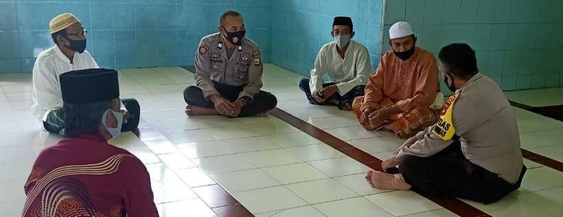Kasat Binmas Polres Soppeng Gelar Sambang Dialogis di Desa Palangiseng, Ini Ajakannya