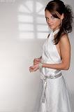 – NOVA saténové šaty ručně pokreslené foto: Petr Kuchař