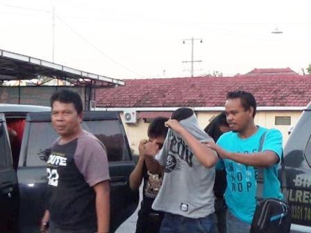 berita foto video sinar ngawi terbaru: pelajar ini nekat nyolong lantaran kekurangan uang saku