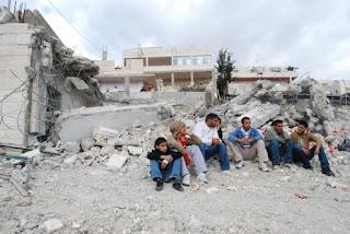 Les dernières expulsions de Palestiniens, une «crise des droits humains» (The Guardian)
