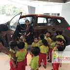 Field Trip to Car Showroom by Playgroup Section at Witty World, Chikoowadi (2017-18)