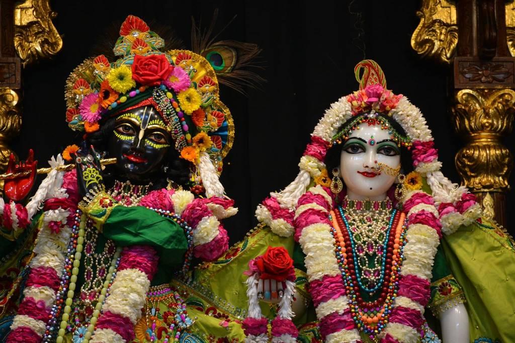 ISKCON Ujjain Deity Darshan 03 Feb 2016 (10)