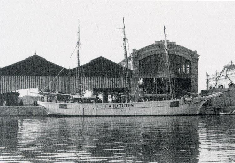 El pailebot PEPITA MATUTES en Valencia. Ca. 1940. Foto del libro La valencia Maritima. Tomo II.jpg