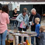 Skulp/Bredewei organiseerde schoolplein verkoop 20160522 - 2016%2BSchoolpleinverkoop23.jpg