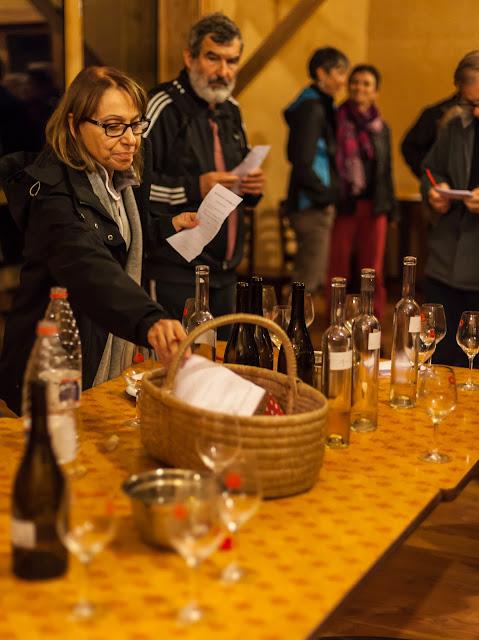 2015, dégustation comparative des chardonnay et chenin 2014 - 2015-11-21%2BGuimbelot%2Bd%25C3%25A9gustation%2Bcomparatve%2Bdes%2BChardonais%2Bet%2Bdes%2BChenins%2B2014.-162.jpg