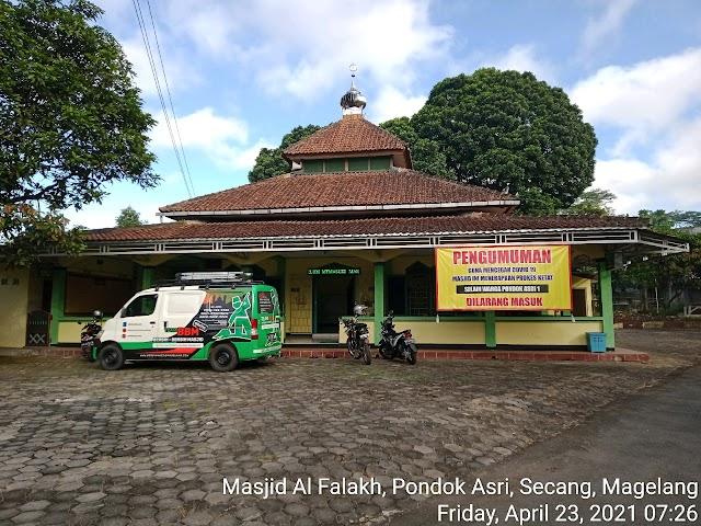 Kegiatan bersih masjid Al Falakh, Pondok Asri, Secang, Magelang