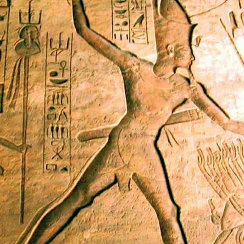 Il Romanzo di Ramses è un racconto storico ricco di eventi, di personaggi e di mistero.