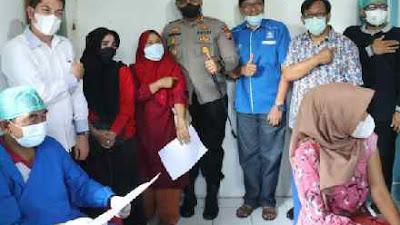 Gebyar Vaksinasi DPD PAN Sawahlunto Berhasil Lebihi Target