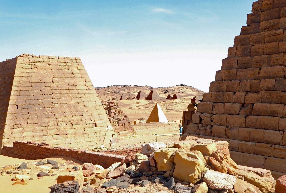 nubian-pyramids-16