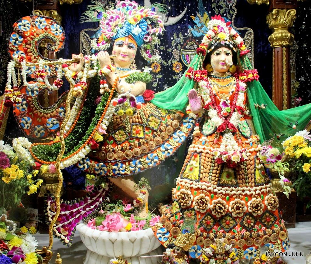 ISKCON Juhu Chandan yatara Deity Darshan on 9th May 2016 (11)