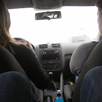 en we rijden in een wagentjee.....JPG