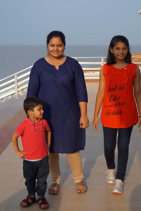 Omkareshwar and Hanmuntiya water resort - DSC06518.JPG