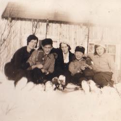 På hyttetur med familie mamma til høyre