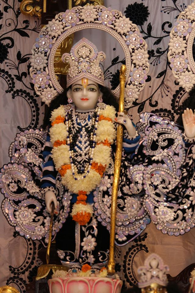 ISKCON Kanpur Deity Darshan 19 Dec 2015 (22)