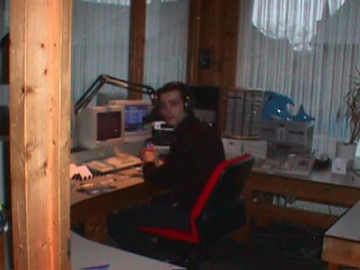 Mark Gerads Studio Radio Contact Kinrooi.JPG