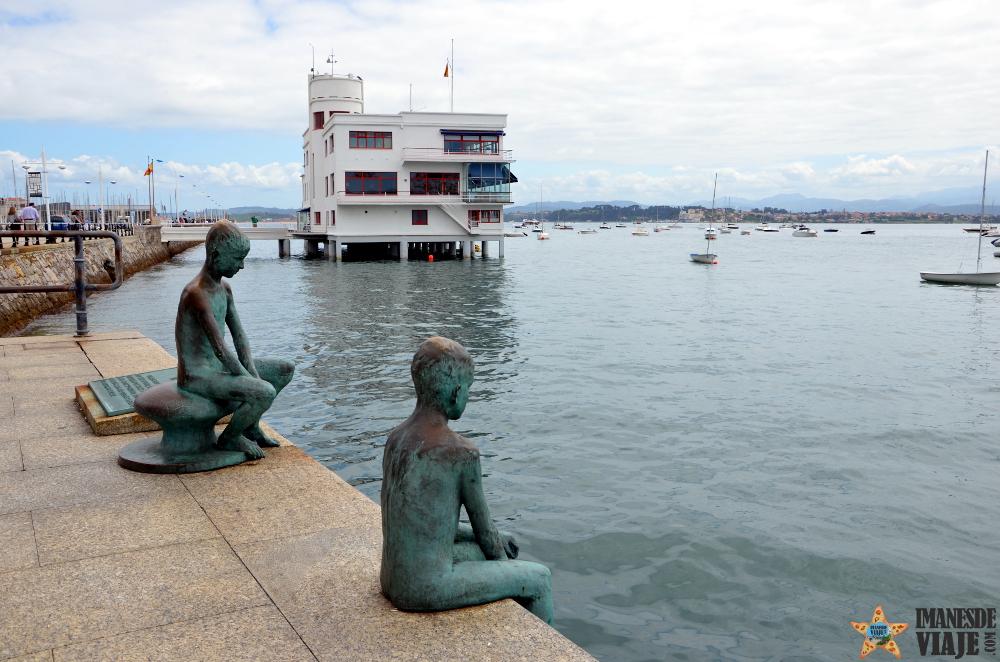 Monumento a los Raqueros en Santander