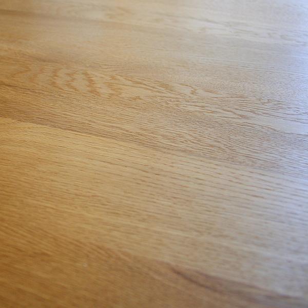 TOMOEテーブル:バックスタイル