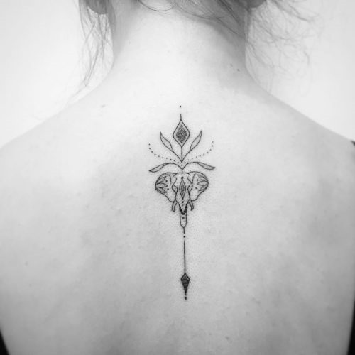 este_perfeitamente_simples_de_trs_da_tatuagem