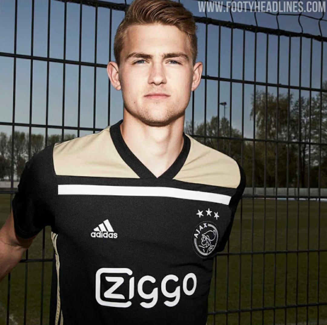 Berita bocoran Jersey Ajax Amsterdam Jersey ketiga musim depan 2020/2021