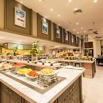 Deevana Plaza Phuket Patong_Phuket Cafe 02.jpg