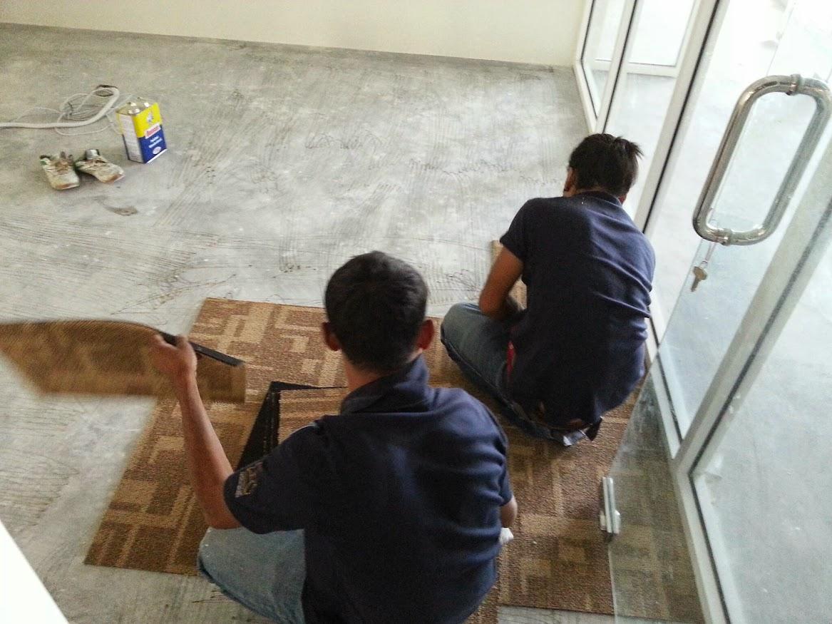 laying carpet tile