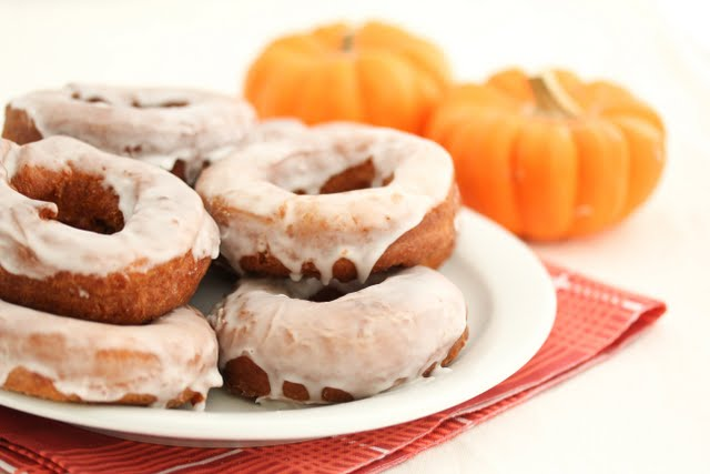 photo of a plate of donuts