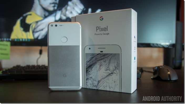 Après le succès du premier Pixel, Google va lancer des variantes moins chères afin de les balancer dans les pays pauvres. Google utilise la  tactique des autres fabricants pour inonder le marché avec des variantes d'un seul modèle. Sur le long terme, Google pourrait se tailler la part du lion.